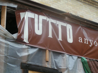 Giovanni's family prepares Tutto for Old World 3rd Street