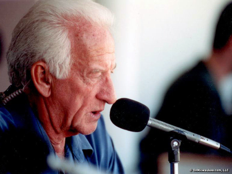 Brewers radio announcer Bob Uecker deserves a statue outside Miller Park.