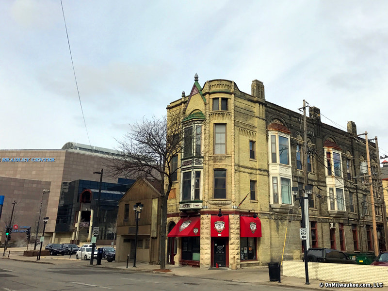 One Of The Best Preserved Schlitz Tied Houses Is Now Home To Dehneu0027s Upper  90 Sports Pub.
