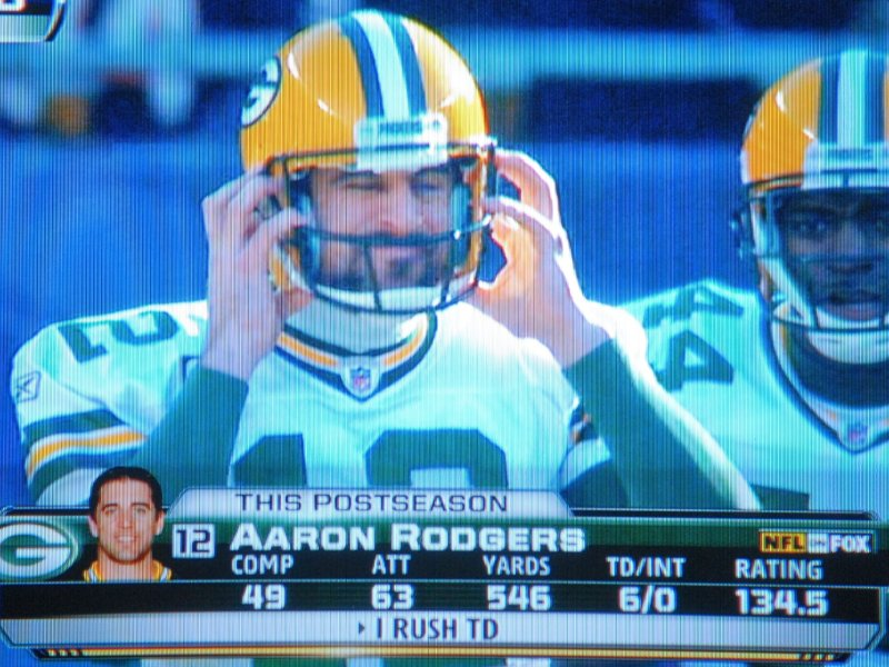 Aaron Rodgers will be appearing weekly on ESPN Milwaukee starting in September.