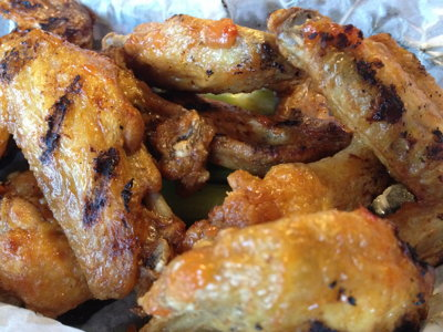 Take the Milwaukee challenge: Magoo's wings vs. TomKen's wings