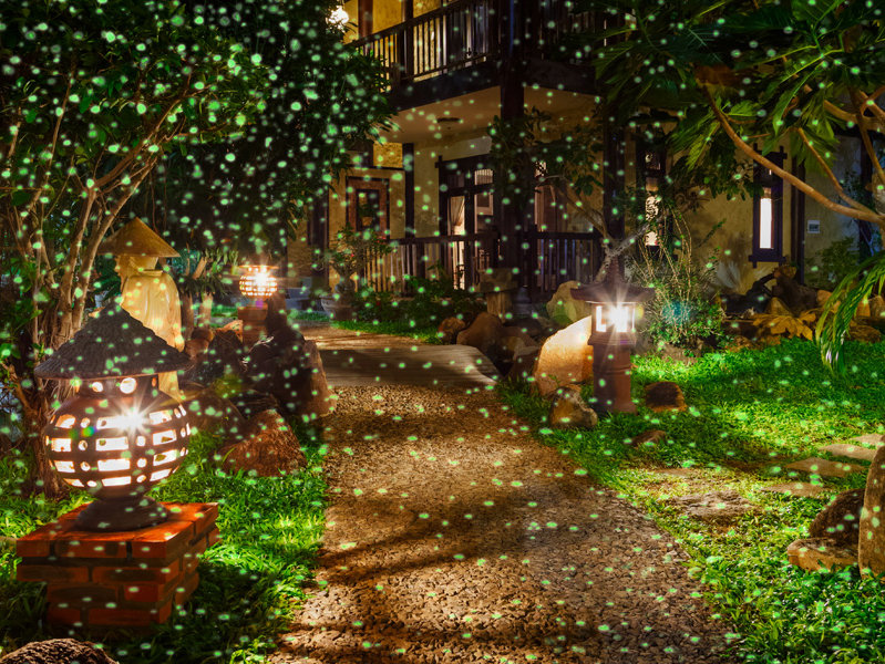 OnMilwaukee.com Marketplace #WeWant Landscape Lights Eye Gels Wine Prints And More