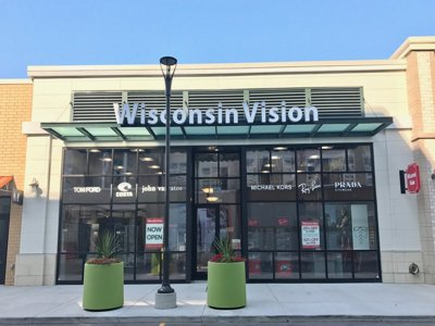 New Brookfield store is Wisconsin Vision's first mall location  Image