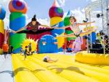 worlds-biggest-bounce-house-lake-park_storyflow