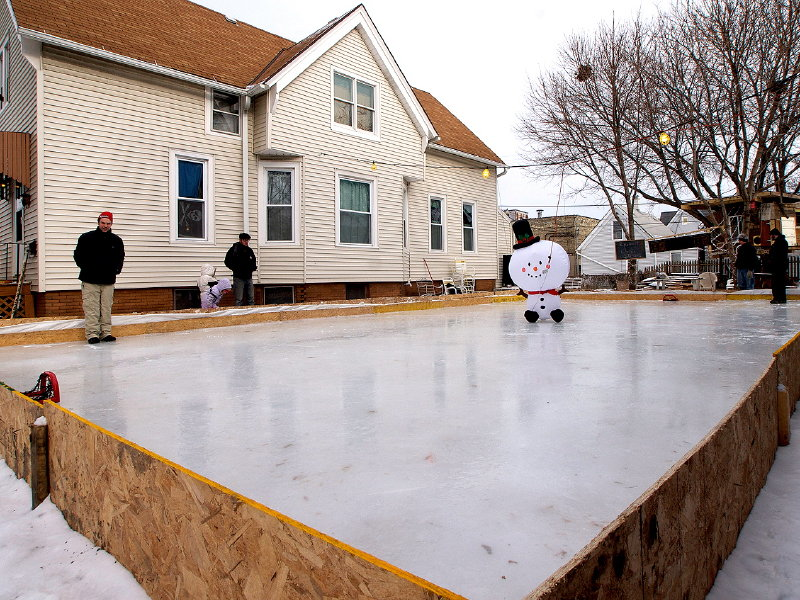Jeremy Prach's home rink ... - DIY Ice Rinks Rally Families, Neighbors - OnMilwaukee