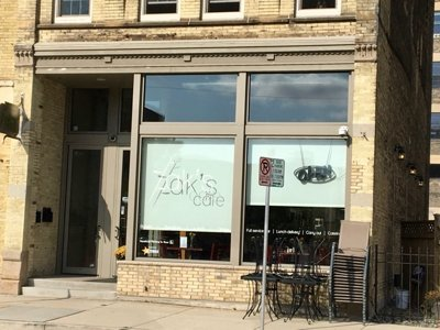 Did Zak's Cafe close?
